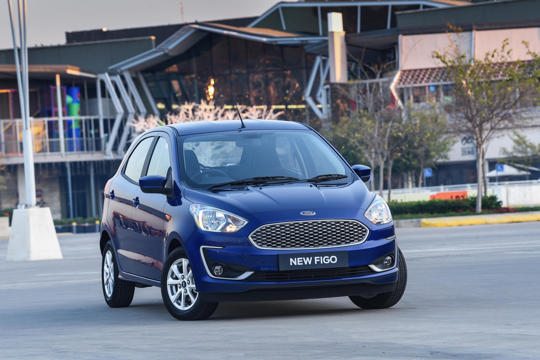 First drive in the Ford Figo - Juliet McGuire launch review